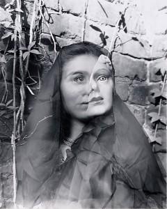 Photo par Clarence John Laughlin, un photographe southern gothic.